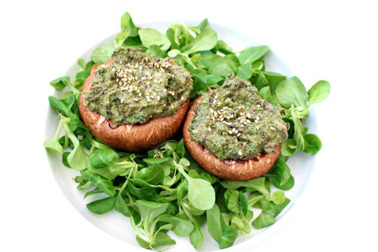 Image article MBSR Lyon Champignons crus farçis aux algues et chou kale